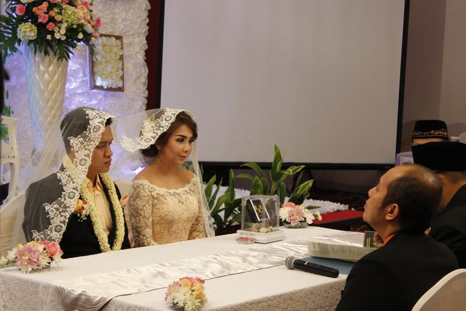 Mezia & Arif Wedding by Fame Hotel Gading Serpong - 023
