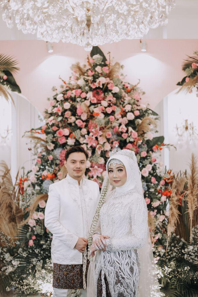 Mira & Yurian Wedding at The Manor Andara by Mirza Photography - 012