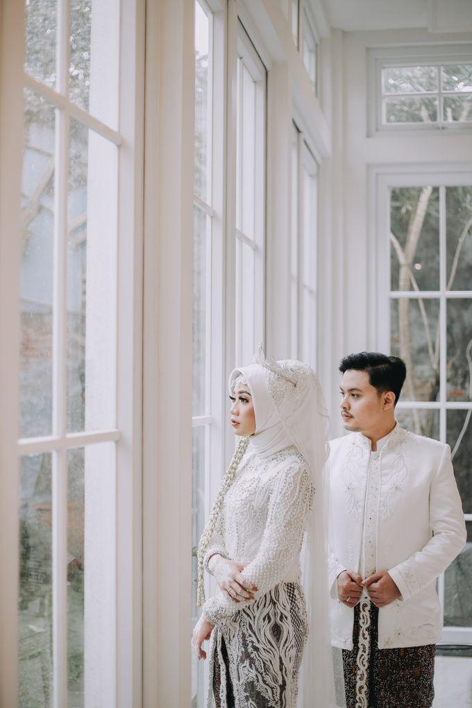 Mira & Yurian Wedding at The Manor Andara by Mirza Photography - 016