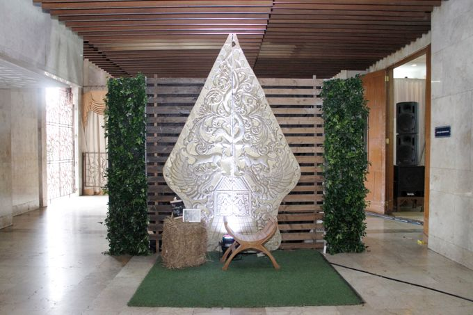 yoga & riva decoration by Our Wedding & Event Organizer - 006