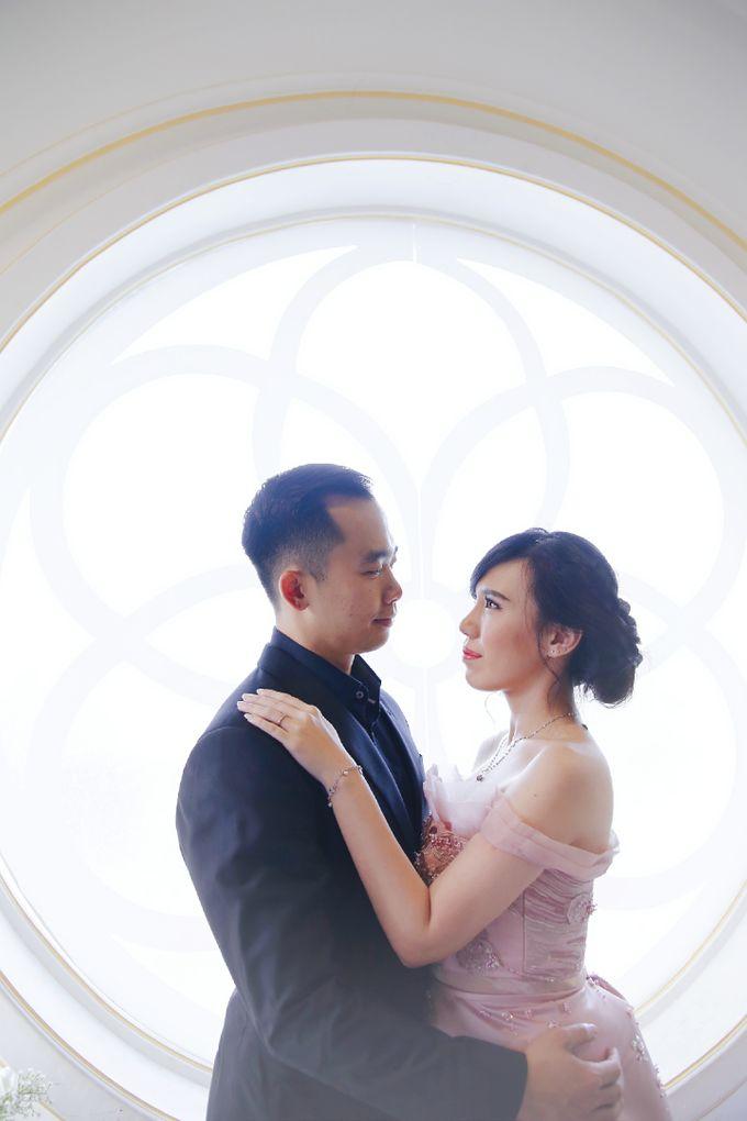 Pre-wedding Photoshoot by Vica Wang - 001