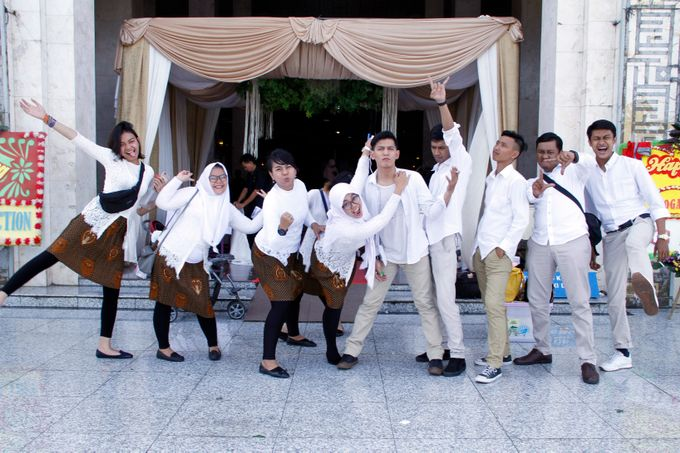 our team from the wedding of yoga & riva wedding by Our Wedding & Event Organizer - 040