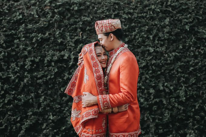 Venisya & Dimas Wedding at Home, Jakarta by Mirza Photography - 018