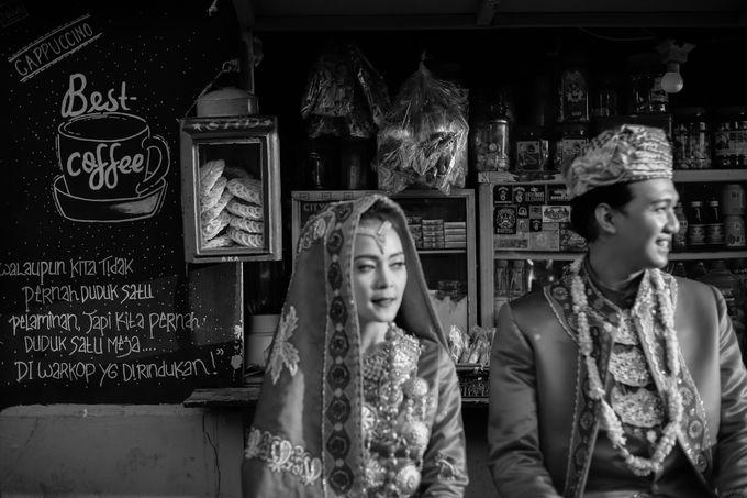 Venisya & Dimas Wedding at Home, Jakarta by Mirza Photography - 016