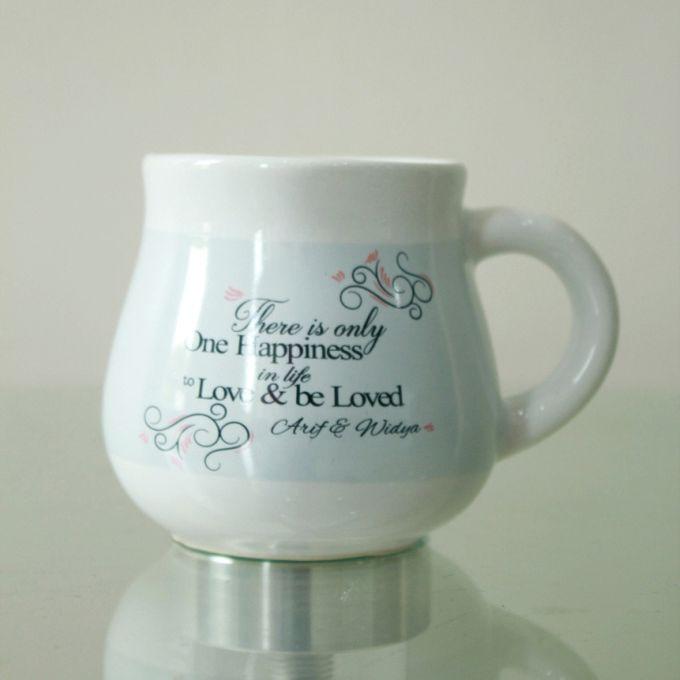 Wedding Arif&Widyda by Mug-App Wedding Souvenir | Bridestory com