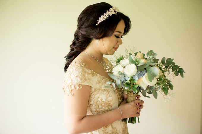 Celebrations in Rustic Theme - Hanny & Irma Wedding by Lis Make Up - 002