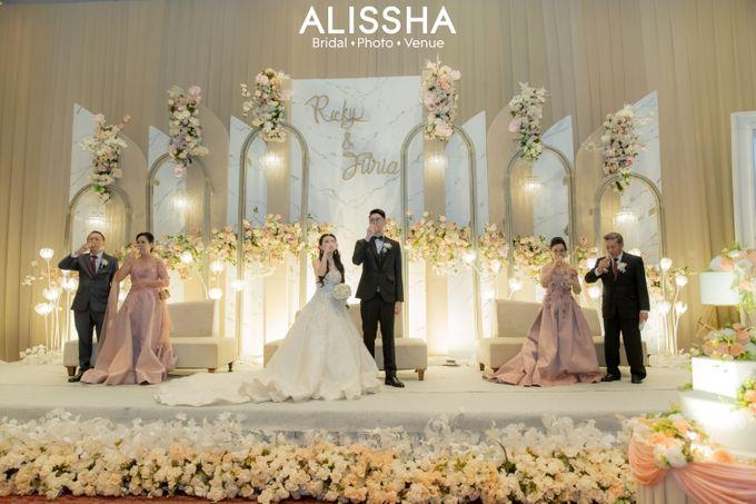 Wedding Day Fitria-Ricky Novotel Mangga Dua by Alissha Bride - 012