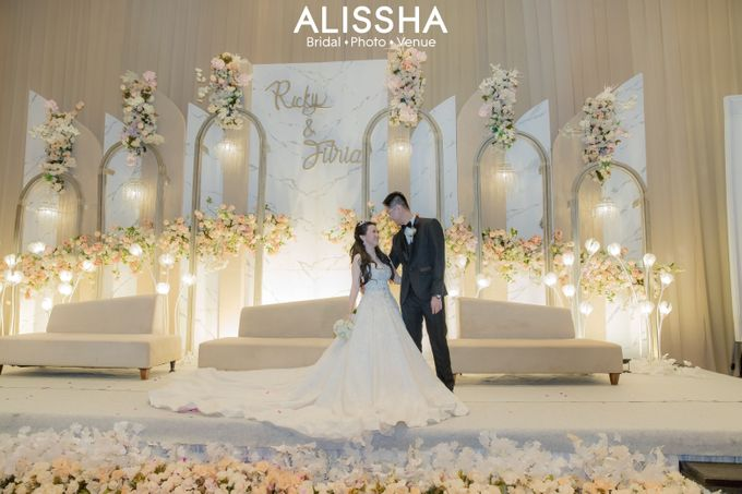 Wedding Day Fitria-Ricky Novotel Mangga Dua by Alissha Bride - 013