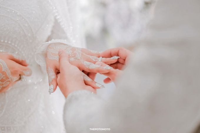Vivi & Rezza Wedding by Thepotomoto Photography - 005