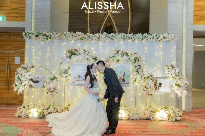 Wedding Day Fitria-Ricky Novotel Mangga Dua by Alissha Bride - 015