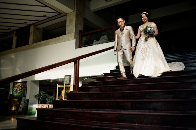 Celebrations in Rustic Theme - Hanny & Irma Wedding by Lis Make Up - 003