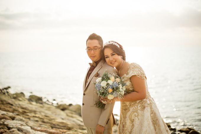 Celebrations in Rustic Theme - Hanny & Irma Wedding by Lis Make Up - 004