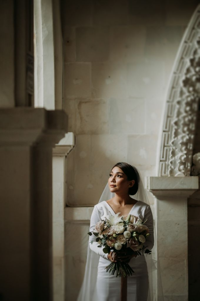 Intimate Bali Wedding of Willy & Dewi by Lentera Wedding - 017