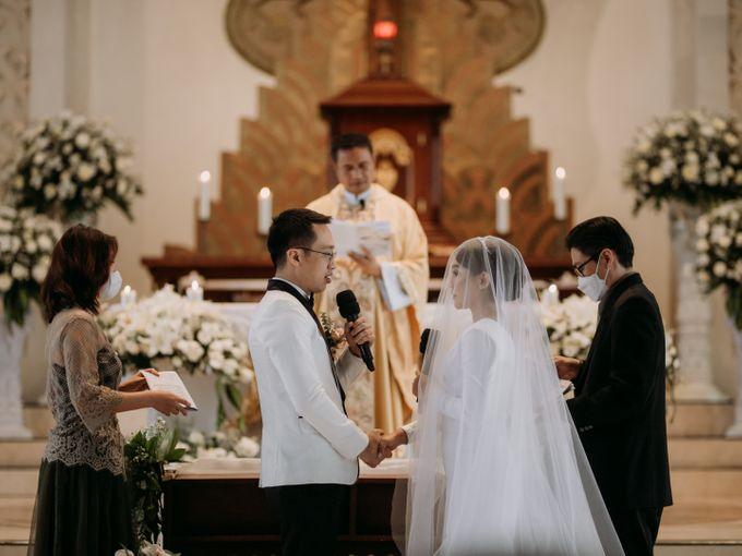 Intimate Bali Wedding of Willy & Dewi by Lentera Wedding - 021