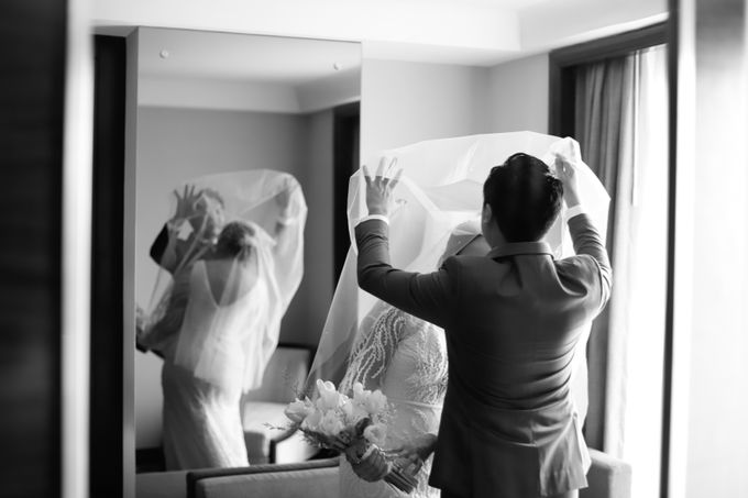 Genoveva & Jeremiah Wedding at The Avani BSD by Mirza Photography - 040