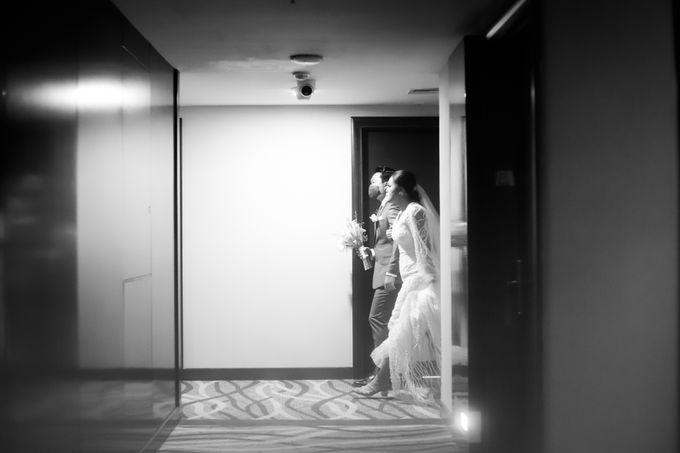Genoveva & Jeremiah Wedding at The Avani BSD by Mirza Photography - 043