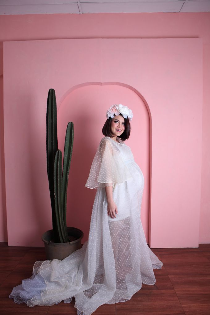 Maternity Gown for Mrs Tania Putri by Deasy Marlina - 004
