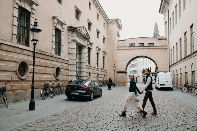 Copenhagen Elopement/Copenhagen City hall wedding by Renee Song Photography - 007