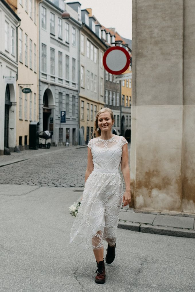 Copenhagen Elopement/Copenhagen City hall wedding by Renee Song Photography - 009