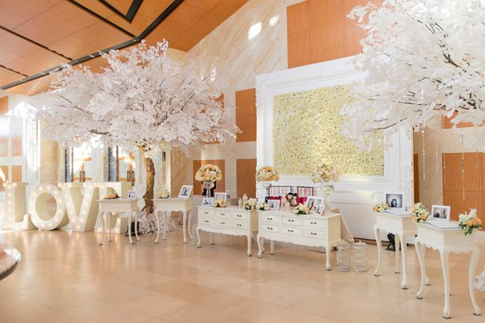 Wedding at Mulia Resort and Spa Bali by d'Oasis Florist & Decoration - 019