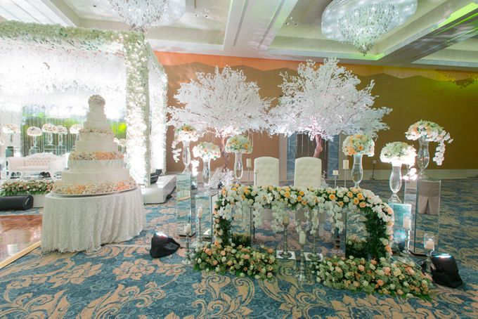 Wedding at Mulia Resort and Spa Bali by d'Oasis Florist & Decoration - 006