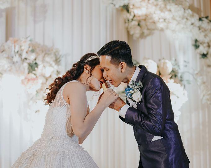 Wedding of Margaretha & Purwo Adi by Ariel Photography - 002