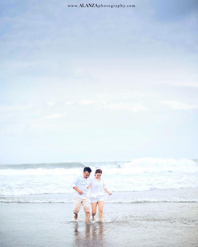 Adrian Christine Prewedding Bali I by Alanza Photography - 025