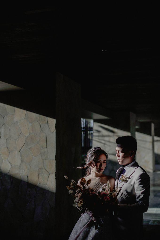 Doni & Stefanie Wedding Day by The Apurva Kempinski Bali - 037