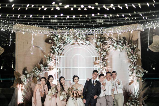 Doni & Stefanie Wedding Day by The Apurva Kempinski Bali - 041