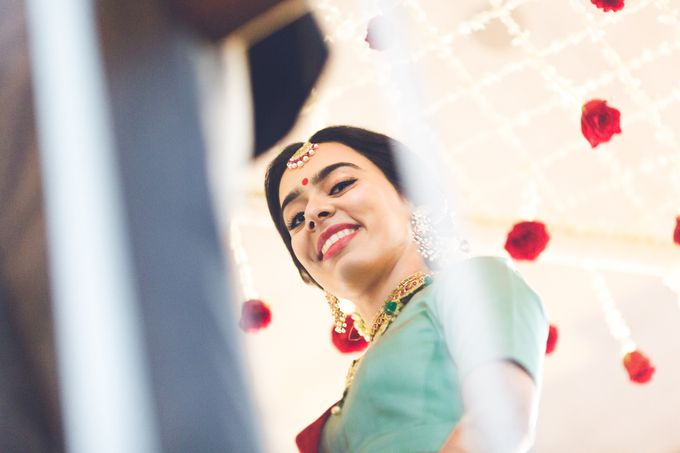 A CHIC FRENCH GUJARATI INTIMATE WEDDING by destination  photographers - 005