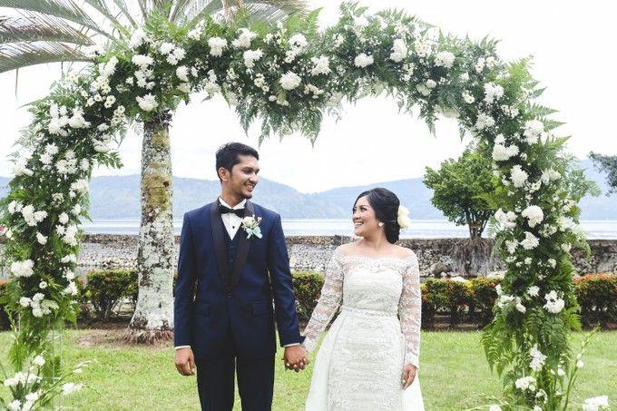 Lambok & Sarah - A Beautiful Lakeside wedding by Jivo Huseri Film - 006