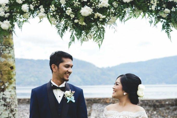 Lambok & Sarah - A Beautiful Lakeside wedding by Jivo Huseri Film - 007