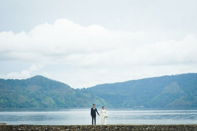 Lambok & Sarah - A Beautiful Lakeside wedding by Jivo Huseri Film - 012