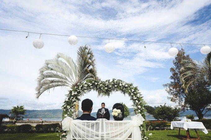 Lambok & Sarah - A Beautiful Lakeside wedding by Jivo Huseri Film - 004