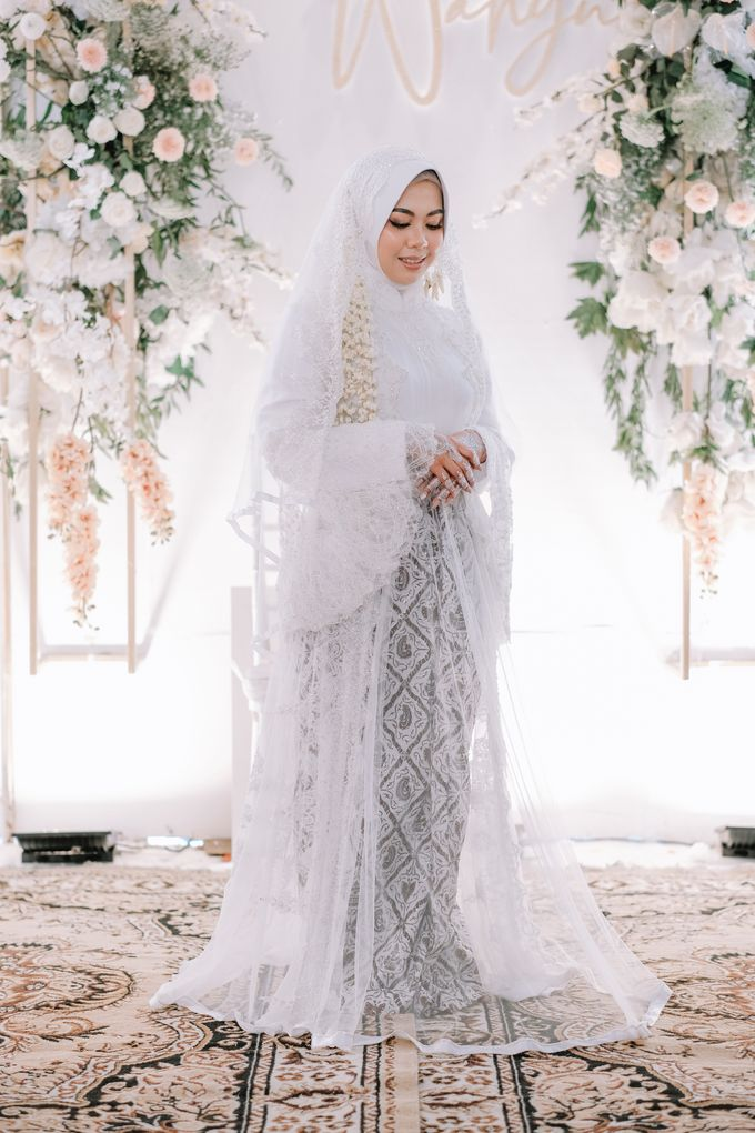 Akad Nikah Dhiyah & Wahyu by LAKSMI - Kebaya Muslimah & Islamic Bride - 010