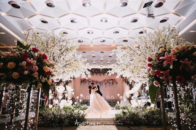 The Wedding Of Ari & Stefiana by de_Puzzle Event Management - 008