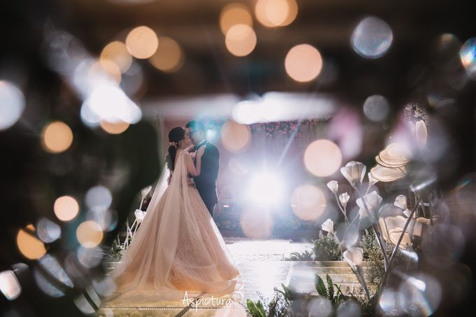 The Wedding Of Ari & Stefiana by de_Puzzle Event Management - 001