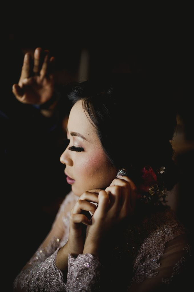 Adit & Mieke Traditional Engagemen by Lights Journal - 003