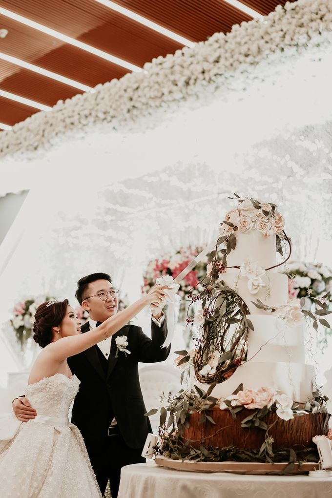 Christian & Herlinda Wedding by IKK Wedding Planner - 035