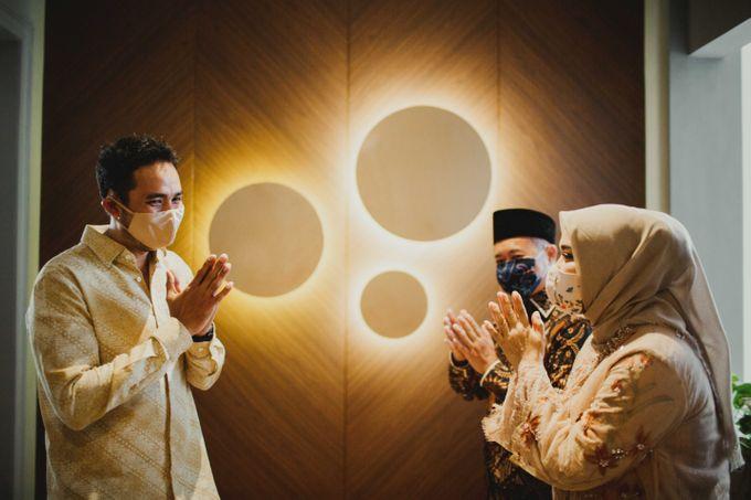 Engagement of Dinar & Radit by Lights Journal - 004