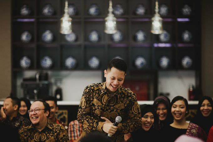 Adit & Mieke Traditional Engagemen by Lights Journal - 013