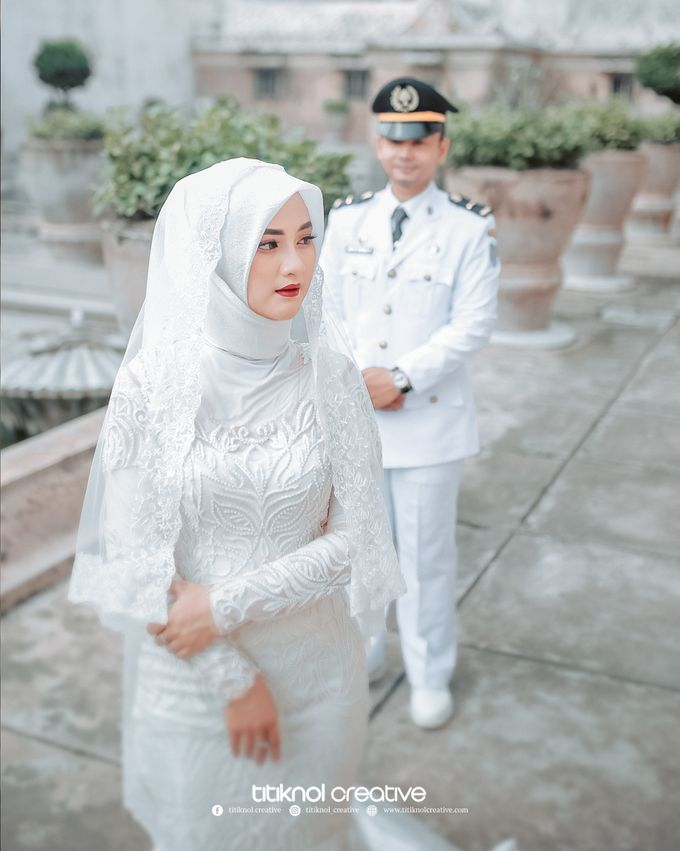 Prewedding Siska + Yuris by Titiknol Creative - 001