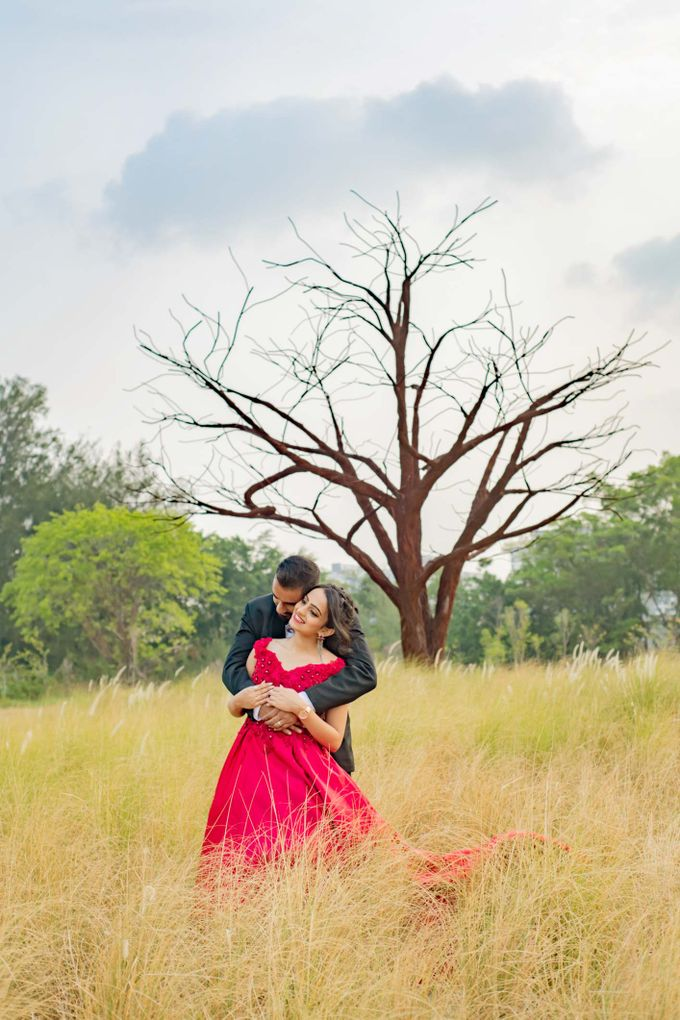 Pre-Wedding Shoot by GrizzyPix Photography - 019