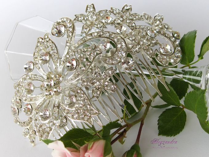 BrIdal Jewelry-Hair Combs by Pamela Falli - 002