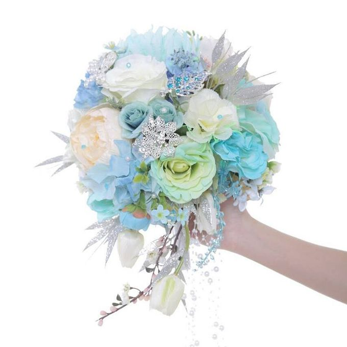 ENCHANTED WEDDING BOUQUET by LUX floral design - 016