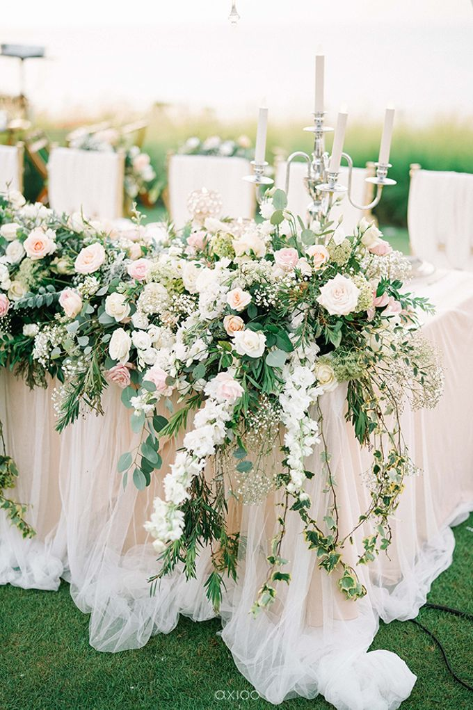 Brian Windy by Sweetbella Florist & Decoration - 020