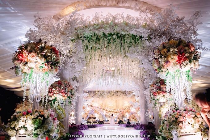 Wedding decoration by dawid daud decoration bridestory add to board wedding decoration by dawid daud decoration 002 junglespirit Choice Image