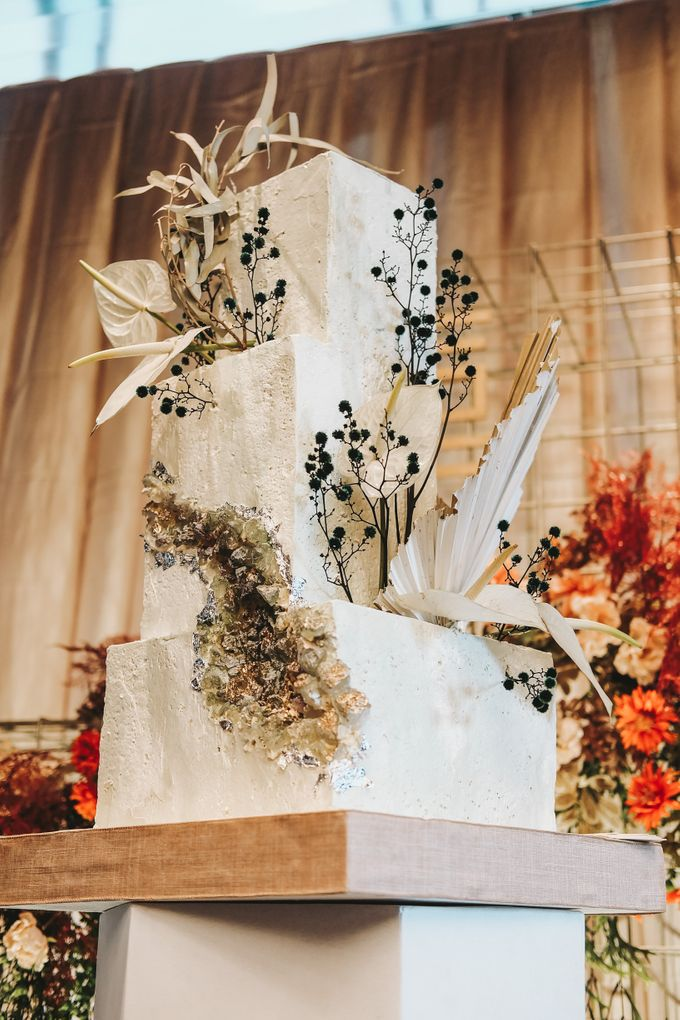 This Wedding is made intimate but not just that, every single details made personal to the bride and groom. In the midst of the pandemic, we understan by KAIA Cakes & Co. - 031