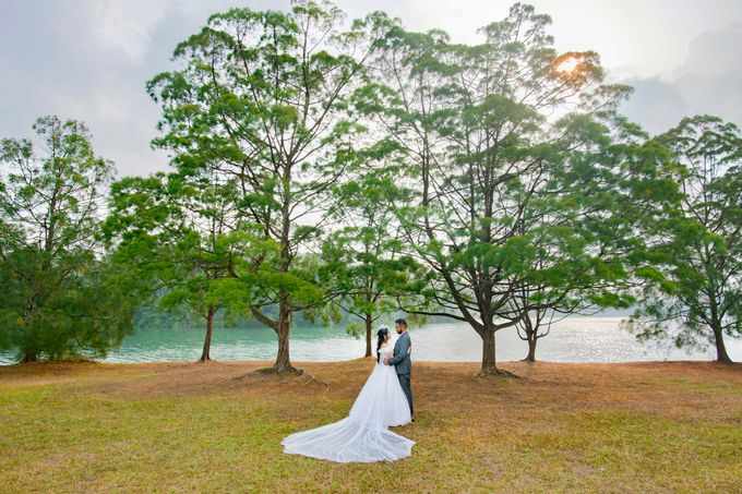 Pre-Wedding Shoot by GrizzyPix Photography - 006