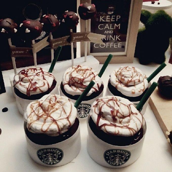 Starbuck Coffee Lovers Dessert Table by Veste Sweet & Delight - 003